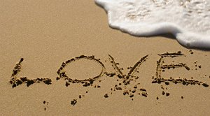 love_on_the_beach